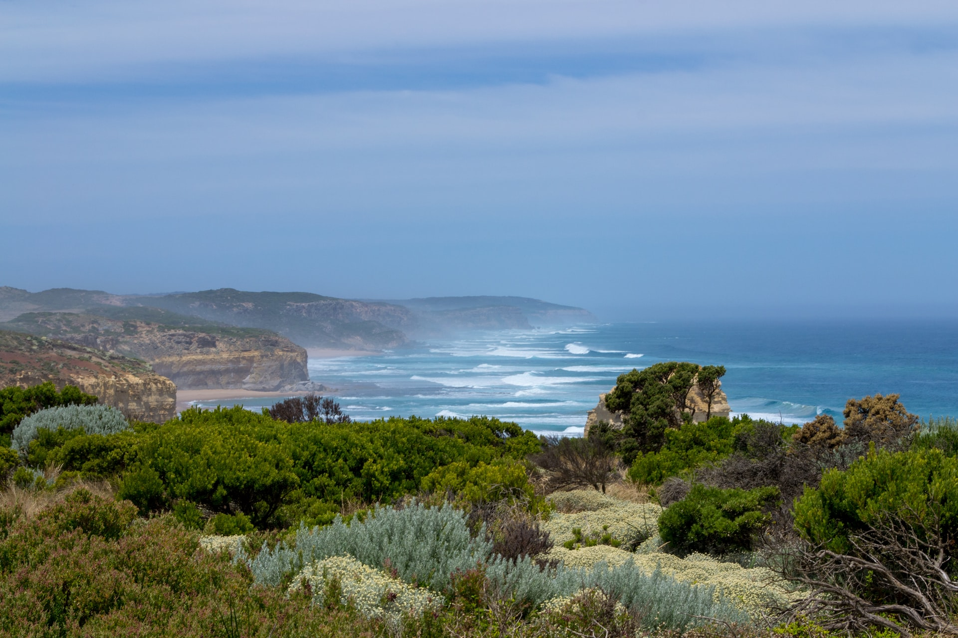 View of the cliffs at the Great Ocean Road